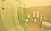 Triple Room Superior Bathroom